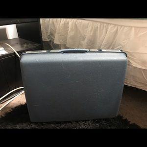 Handbags - Vintage samsonite luggage